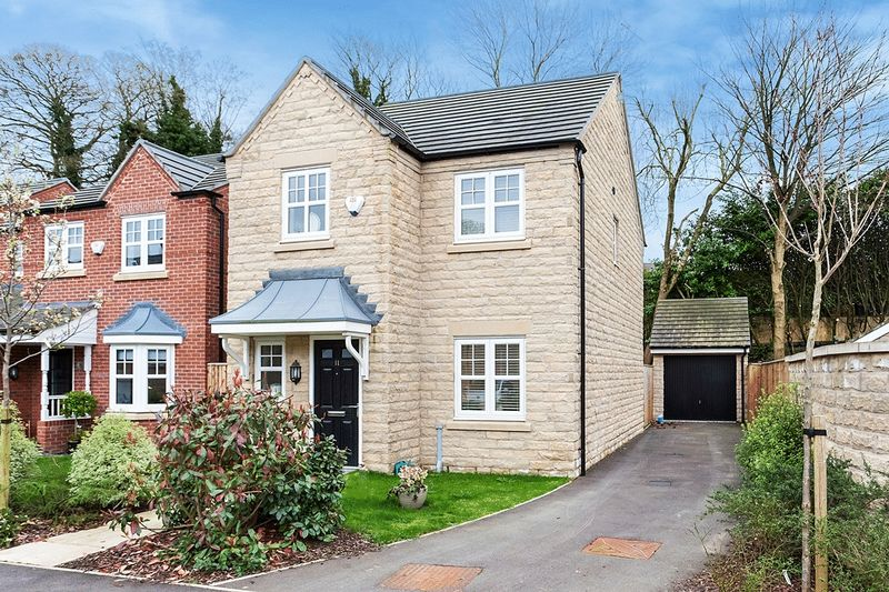 3 Bedrooms Detached House for sale in Parkside Place, Congleton