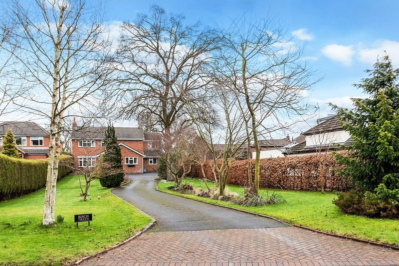4 Bedrooms Detached House for sale in Giantswood Lane, Congleton