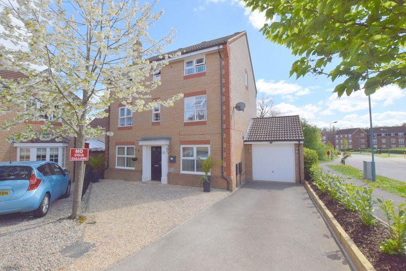 7 Bedrooms Detached House for sale in Clifton Moor, Oakhill, Milton Keynes