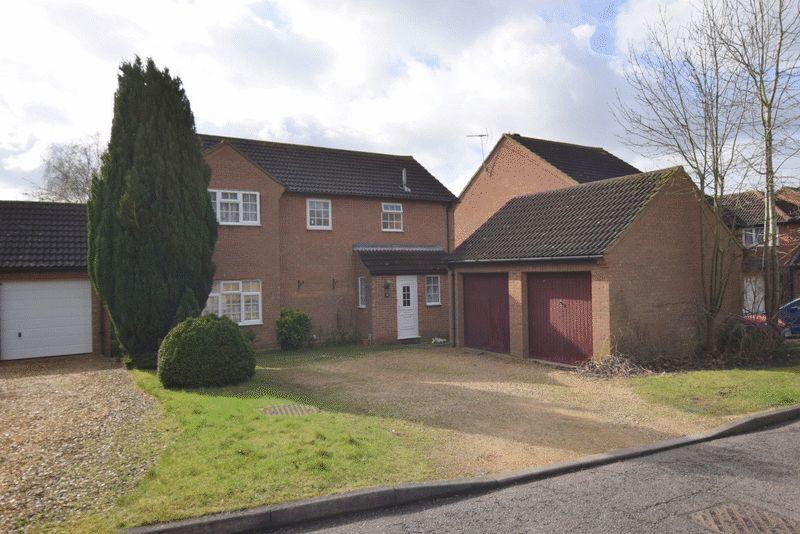 4 Bedrooms Detached House for sale in Stainton Drive, Heelands, Milton Keynes