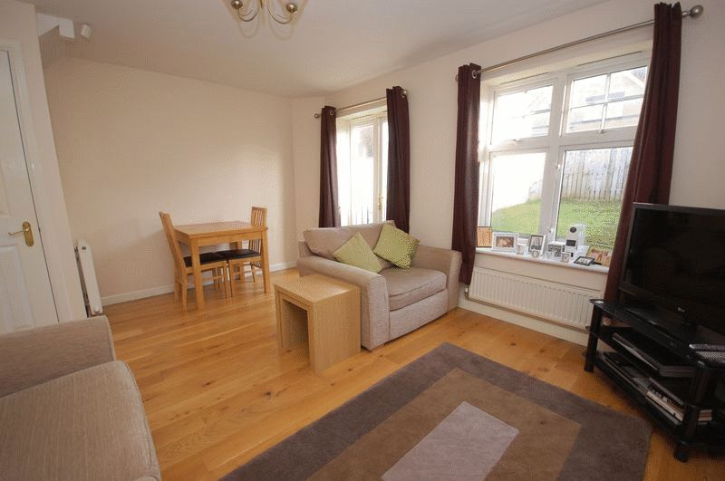 2 Bedrooms Terraced House for sale in WEST FARM WYND Longbenton