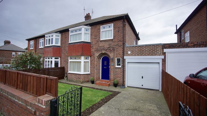 3 Bedrooms Semi Detached House for sale in DIAL COTTAGE, VICARS LANE, Benton