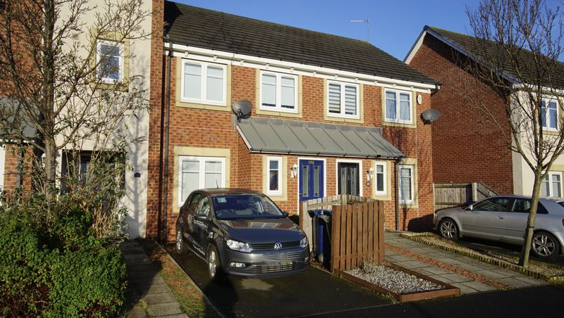 3 Bedrooms Terraced House for sale in MANOR PARK HIGH HEATON