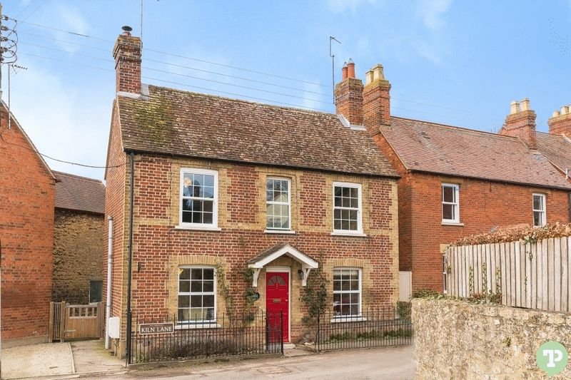 2 Bedrooms Detached House for sale in Kiln Lane, Wheatley