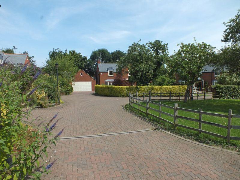 Dovecote Lane, Horncastle, LN9