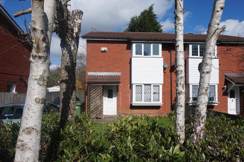 2 Bedrooms Semi Detached House for sale in Whitburn Close, Wolverhampton