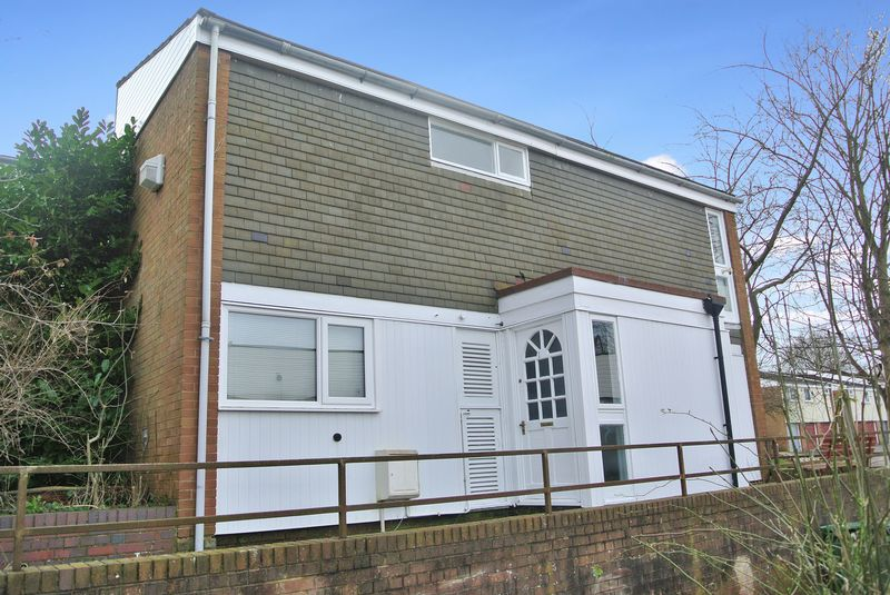 3 Bedrooms Semi Detached House for sale in Southgate, Telford