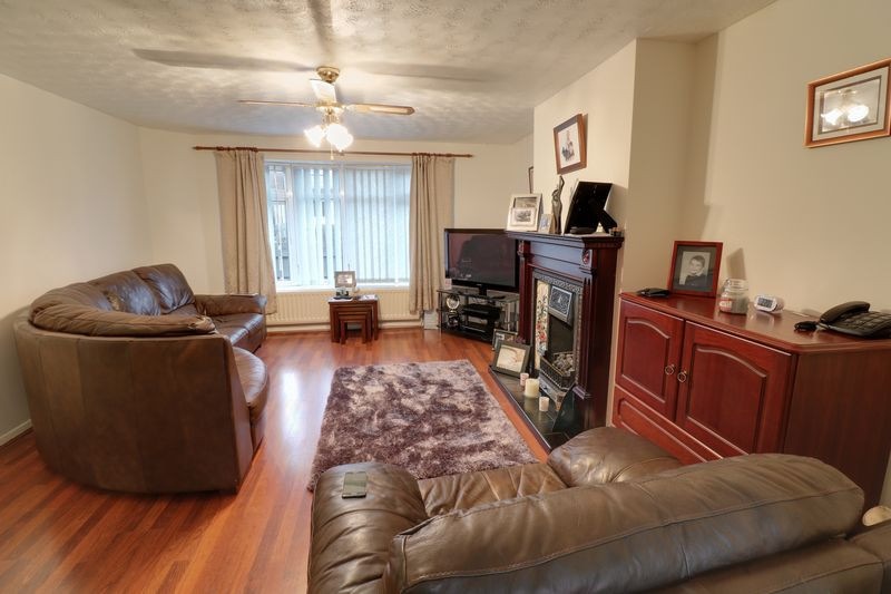 3 Bedrooms Terraced House for sale in Ripon Close, Scunthorpe