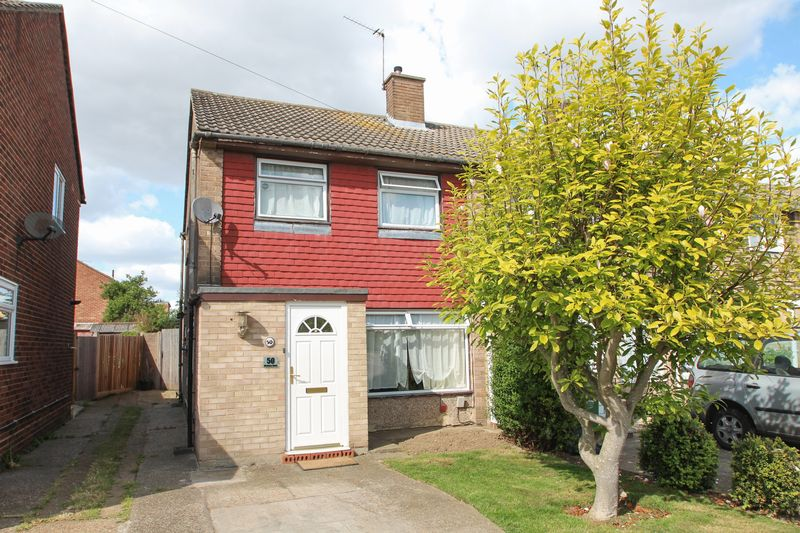 3 Bedrooms Terraced House for sale in Medway Road, Dartford