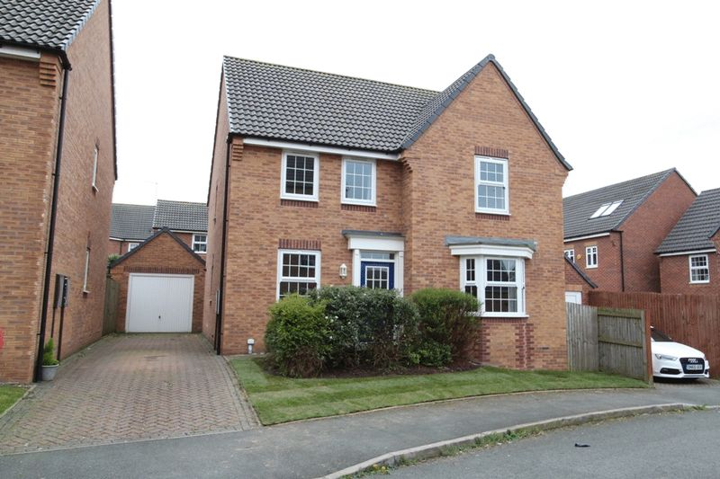 4 Bedrooms Detached House for sale in Snowgoose Way, Newcastle
