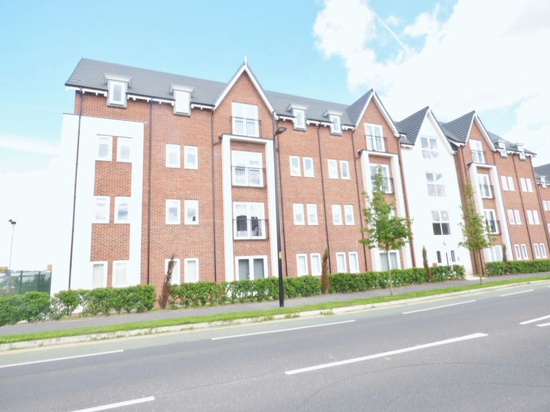 2 Bedrooms Flat for sale in Creola Court, Louisiana Drive, Warrington