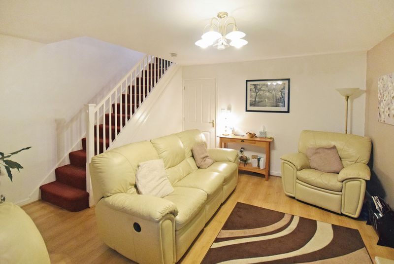 3 Bedrooms Semi Detached House for sale in Rushmore Drive, Widnes