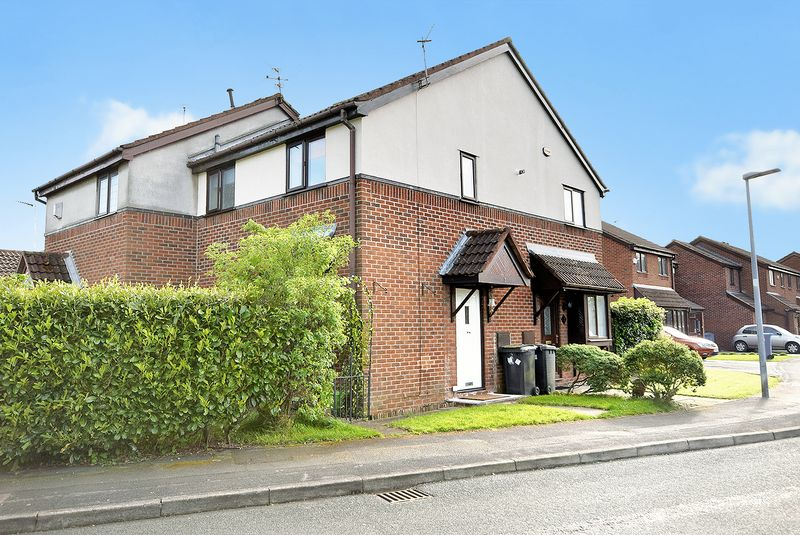1 Bedroom Semi Detached House for sale in Blair Drive, Widnes