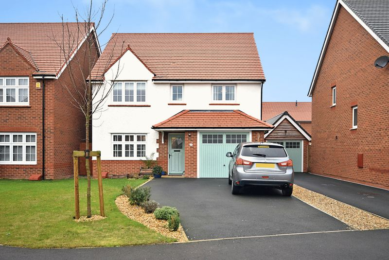 4 Bedrooms Detached House for sale in Honey Spot Crescent, Widnes