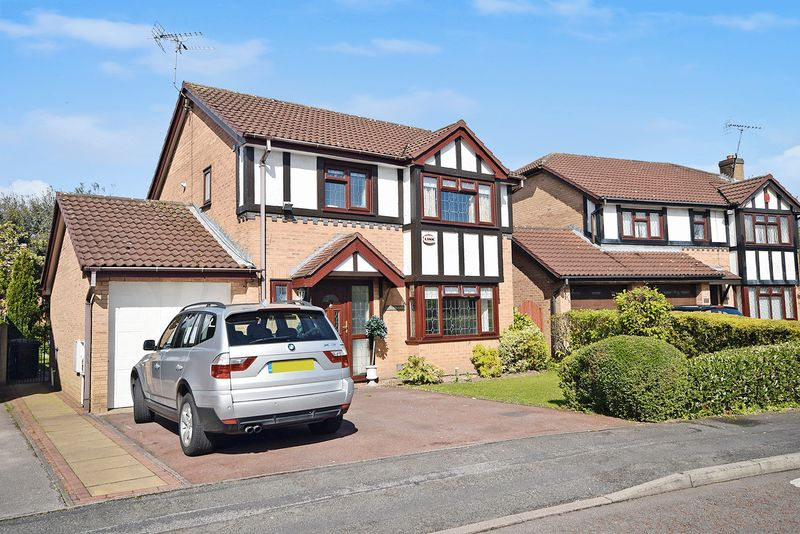 3 Bedrooms Property for sale in Parklands, Widnes