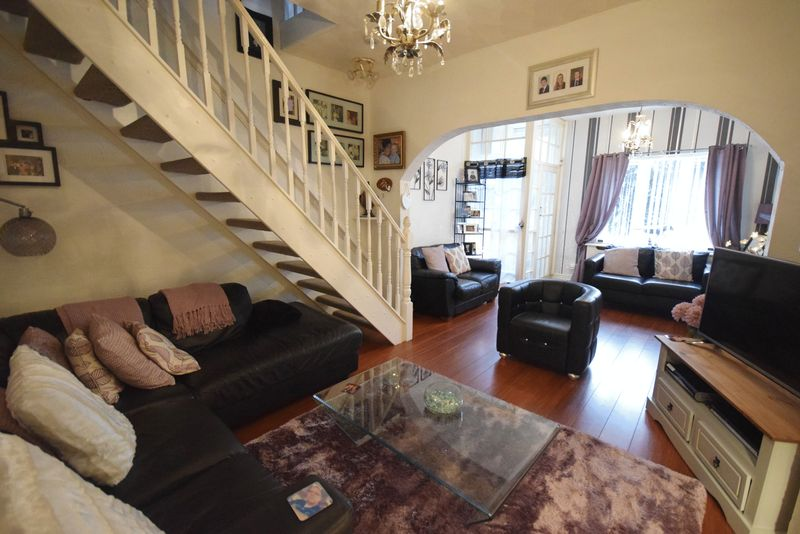 2 Bedrooms Terraced House for sale in Chapel Lane, Widnes