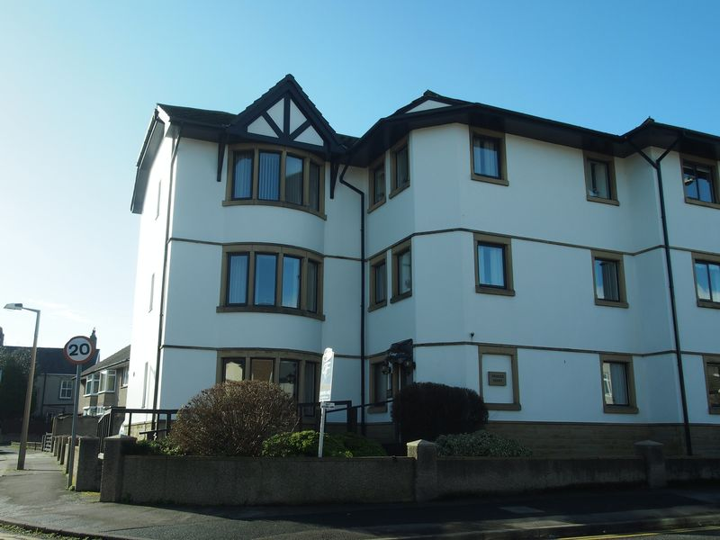2 Bedrooms Flat for sale in Princes Court, Bare, Morecambe