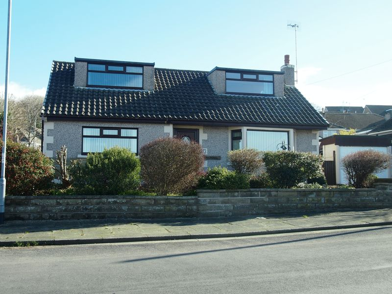 3 Bedrooms Detached Bungalow for sale in Kayswell Road, Morecambe
