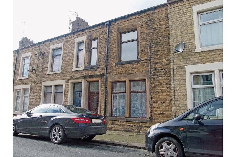 3 Bedrooms Terraced House for sale in Cross Street, Morecambe