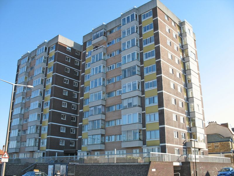 1 Bedroom Flat for sale in Marine Road East, Bare,Morecambe