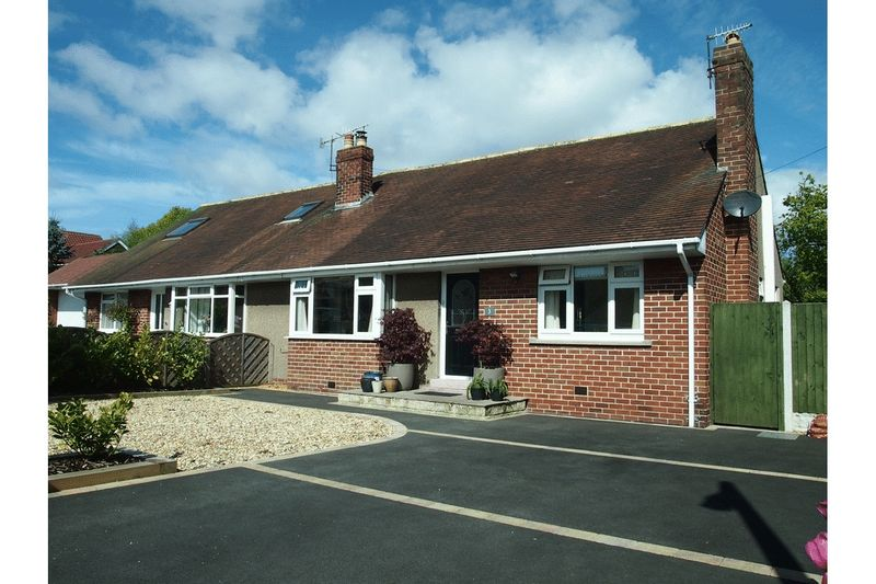 2 Bedrooms Semi Detached Bungalow for sale in Clarkfield Drive, Morecambe