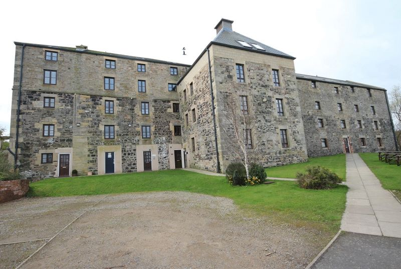 3 Bedrooms Flat for sale in The Mill, Waren Mill, Nr Bamburgh, Belford