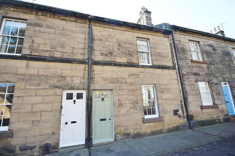 3 Bedrooms Terraced House for sale in Prudhoe Street, Alnwick