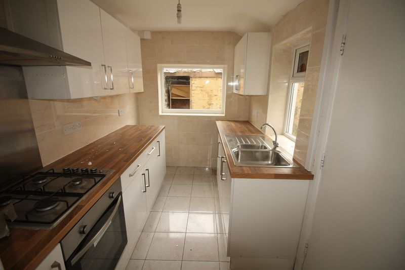2 Bedrooms Terraced House for sale in Colville Street, Middlesbrough