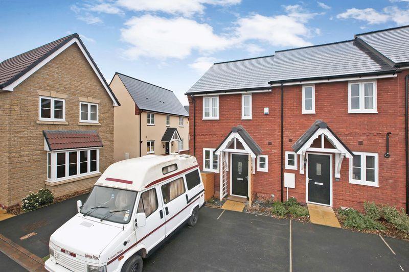2 Bedrooms House for sale in Lilliana Way, Wilstock Village, Bridgwater