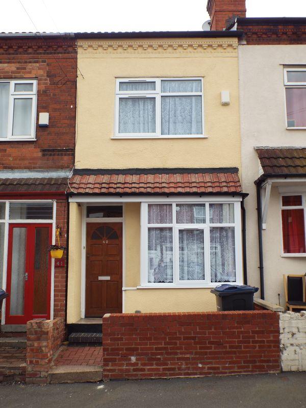 3 Bedrooms Terraced House for sale in Frances Road, Cotteridge, Birmingham, B30 3DU