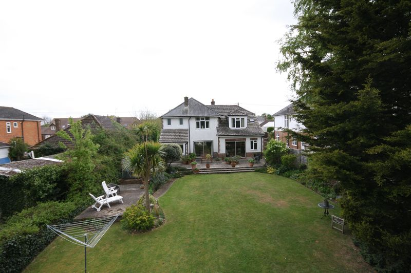 5 Bedrooms Detached House for sale in West Christchurch