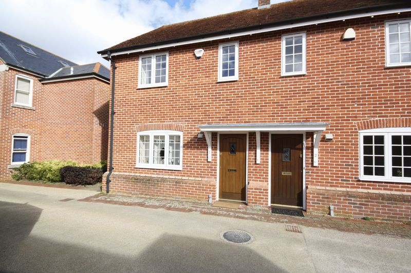 3 Bedrooms House for sale in Tamlyns Farm Mews, Christchurch