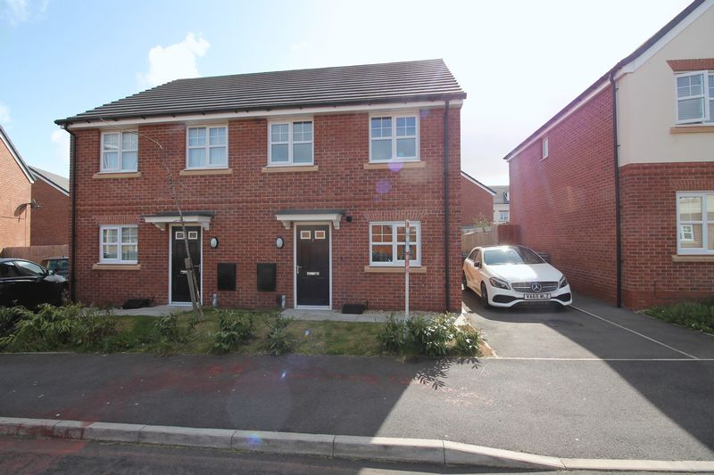 3 Bedrooms Semi Detached House for sale in Brett Street, Claughton
