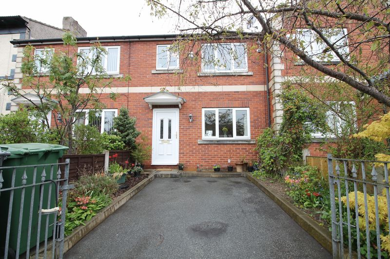 3 Bedrooms Terraced House for sale in Slatey Road, Prenton