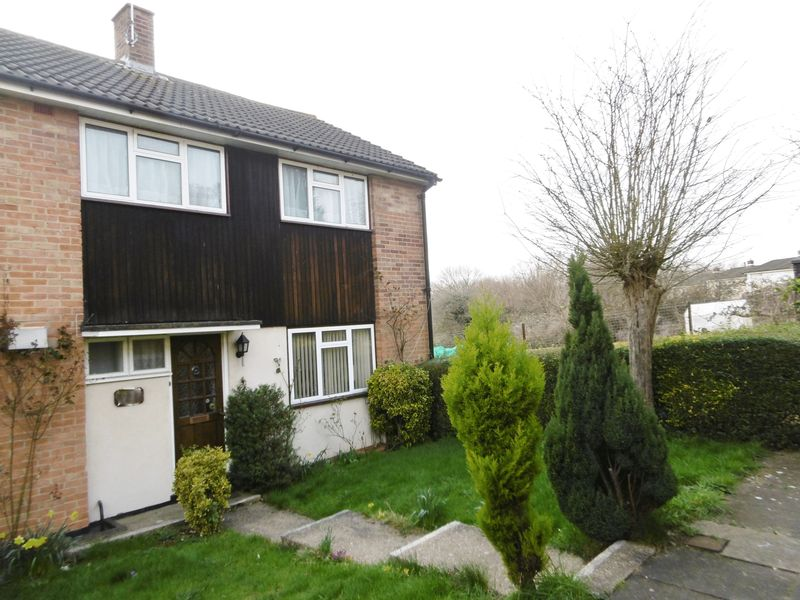 3 Bedrooms Terraced House for sale in Collins Meadow, Harlow, Essex