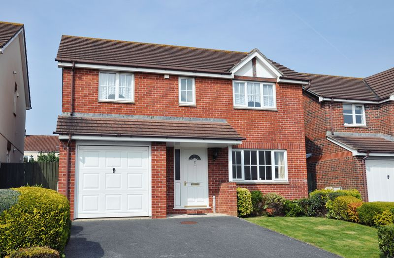 4 Bedrooms Detached House for sale in Emmasfield, Exmouth