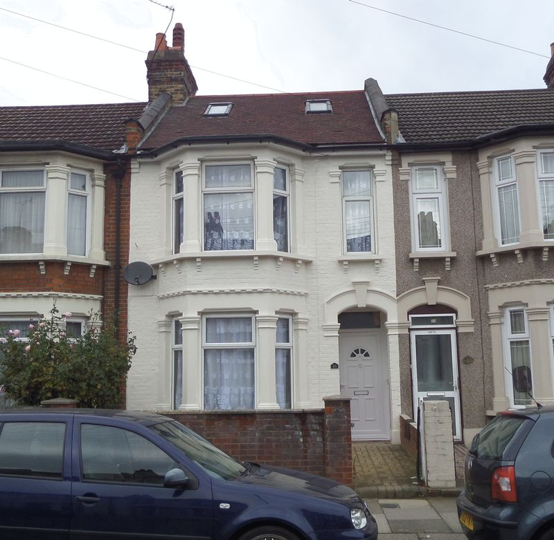 Property for sale in Henley Road, Ilford