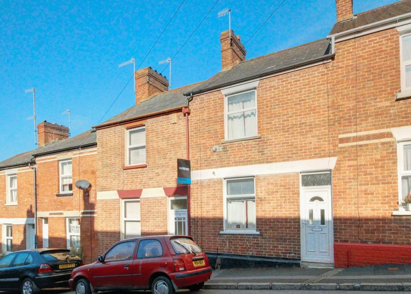 2 Bedrooms Terraced House for sale in Franklin Street, Exeter