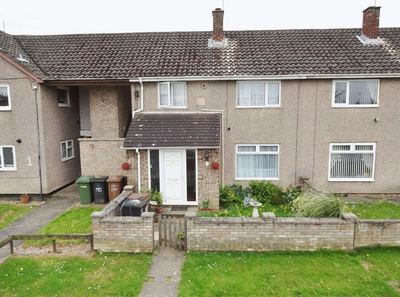 3 Bedrooms Terraced House for sale in Taunton Avenue, Corby