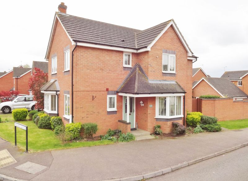 4 Bedrooms Detached House for sale in Boughton Road, Oakley Vale,Corby