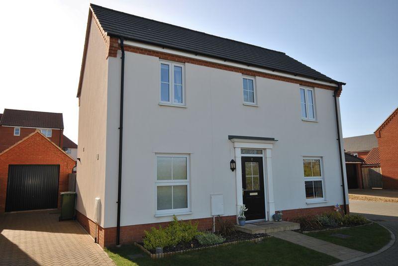 4 Bedrooms Detached House for sale in Lavender Drive, Cringleford