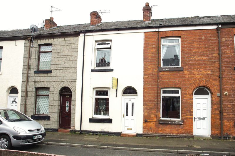 2 Bedrooms Terraced House for sale in Curzon Road, Ashton-Under-Lyne