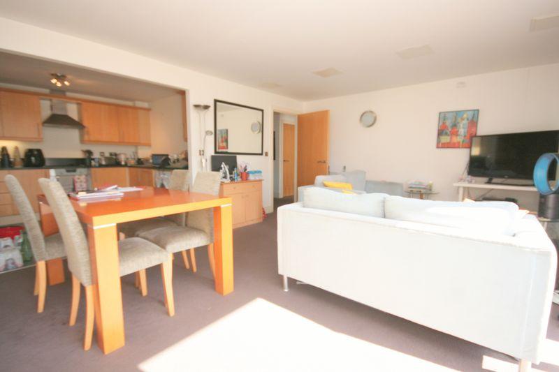 Very Large, 2 Bedroom 2 Bathroom, Turner...