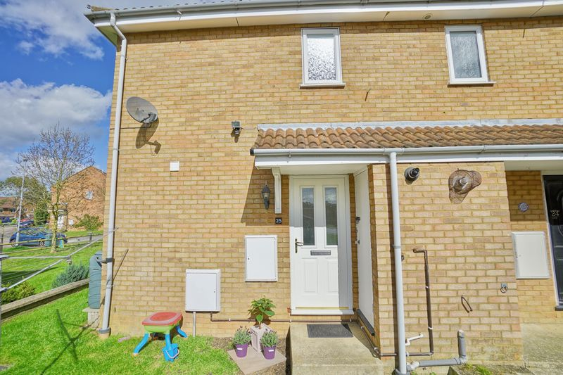 2 Bedrooms House for sale in St. Neots, Cambridgeshire