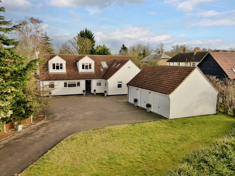 5 Bedrooms Detached House for sale in Abbotsley, St. Neots