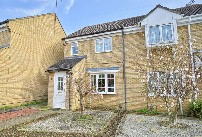 3 Bedrooms Semi Detached House for sale in Eynesbury, St. Neots