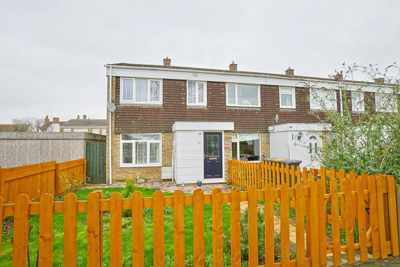 3 Bedrooms Terraced House for sale in Great Barford, Bedford