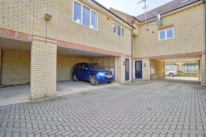 1 Bedroom Flat for sale in West Street, St. Neots