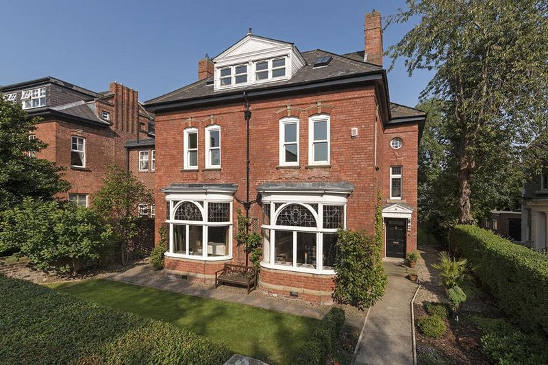 6 Bedrooms Detached House for sale in Hazelwood Villa, Akenside Terrace, Newcastle Upon Tyne