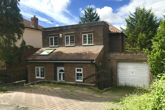 West Wycombe Road